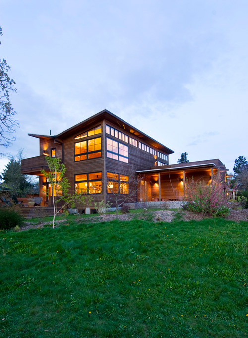 The North Portland contemporary home built by Piper Davis and David Rubovits is defined by socializing and sustainability.