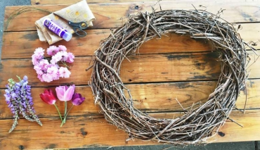 OREGON GARDEN: How to Make a Spring Wreath
