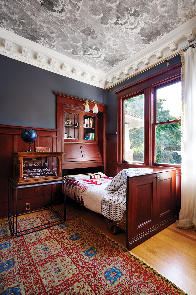 19 Schriber library bed 00303