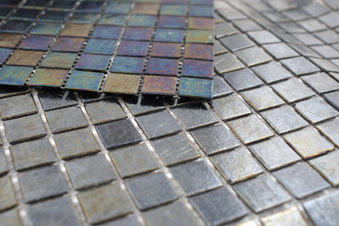 2011AugSept_Homeward_IridescentGlassTiles