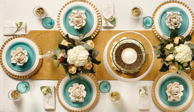2012DecJan_HolidayTable06