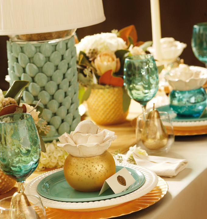 2012DecJan_HolidayTable07