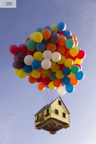 balloon_house